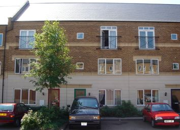Thumbnail 6 bed town house to rent in Tollington Way, Islington, Holloway, North London