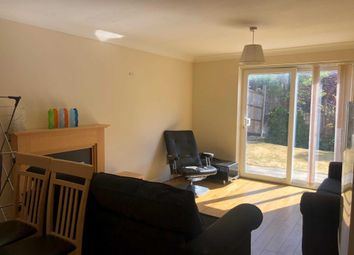 Thumbnail 5 bed detached house to rent in Ellis Close, Hoddesdon
