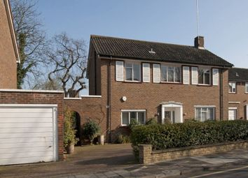 Thumbnail 5 bed flat to rent in St. Edwards Close, London
