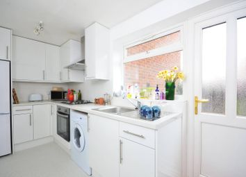 Thumbnail 2 bed flat to rent in Woodside, Wimbledon