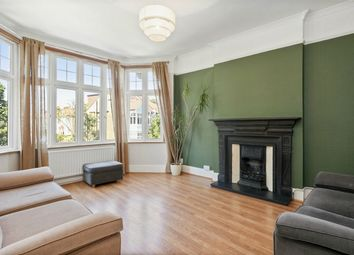 Thumbnail Studio to rent in Fordhook Avenue, London