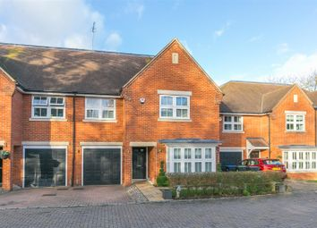 Thumbnail 5 bedroom semi-detached house for sale in Douglas Close, Hadley Wood