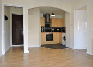 Thumbnail 1 bed flat to rent in Chatsworth Road, Dartford