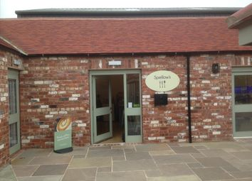 Thumbnail Restaurant/cafe for sale in Cafe & Sandwich Bars HG5, Arkendale, North Yorkshire