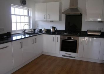 Thumbnail 2 bedroom flat to rent in Royston