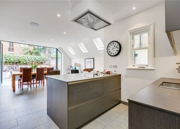 Thumbnail 6 bed terraced house for sale in Quarrendon Street, London
