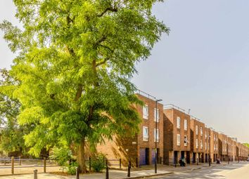 Thumbnail 1 bed flat for sale in Centurion Close, Islington
