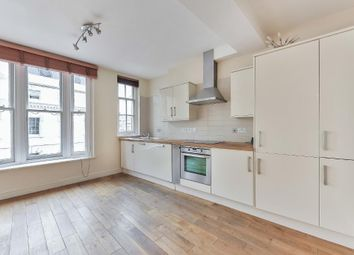 Thumbnail 2 bed flat to rent in Clerkenwell Green, London