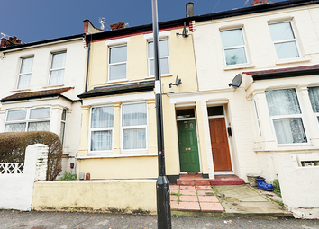 Thumbnail 1 bed flat for sale in North Road, Westcliff-On-Sea