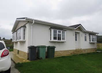 Thumbnail 2 bed mobile/park home for sale in Forstal Lane, Harrietsham, Maidstone