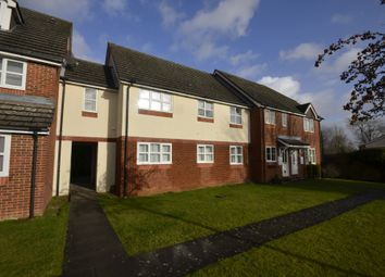Thumbnail 3 bed flat to rent in Derwent Close, Little Chalfont, Amersham