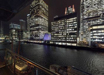 Thumbnail 3 bed flat to rent in Discovery Dock, Canary Wharf