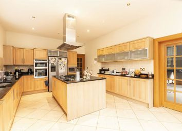 Thumbnail 5 bedroom detached house to rent in Alderton Hill, Loughton