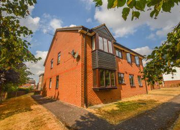 Thumbnail 2 bed flat for sale in Broadlake Close, London Colney, St. Albans