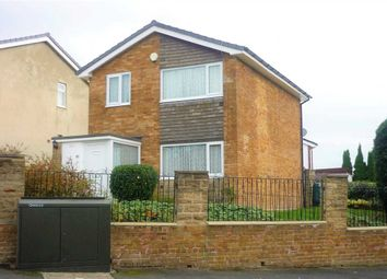 Thumbnail 3 bedroom detached house for sale in Perth Avenue, Kings Park, Bradford