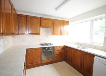 Thumbnail 2 bedroom maisonette to rent in Leybourne Close, Bromley