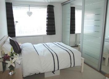 Thumbnail 1 bed flat for sale in Hanover Way, Windsor