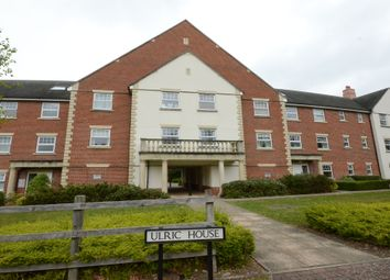 Thumbnail 2 bed flat to rent in Waleron Road, Fleet