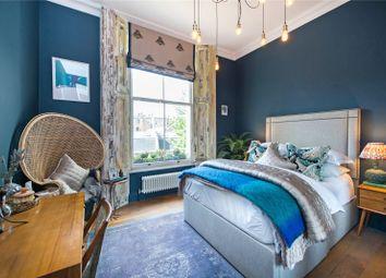 Warwick Avenue, Little Venice, London W9. 1 bed flat