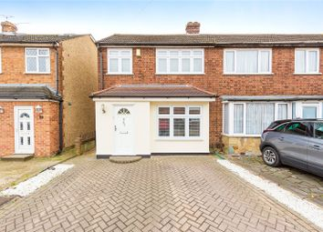 3 bed end terrace house for sale in Newtons Close, Rainham RM13