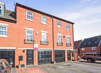 Thumbnail 5 bed town house for sale in Chelmsford Mews, Retford