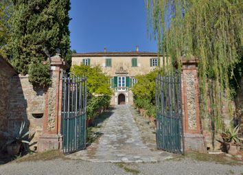 Thumbnail 15 bed villa for sale in Lucca (Town), Lucca, Tuscany, Italy