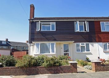 Thumbnail 2 bed flat for sale in Beverley Close, London