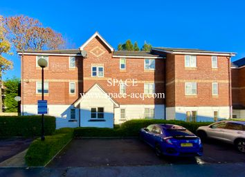 Thumbnail 2 bed flat to rent in Leigh Hunt Drive, Southgate, London