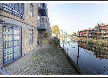 Thumbnail 2 bedroom flat to rent in Lovegrove Walk, London
