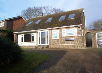 Thumbnail 4 bed detached house to rent in Forest Road, Binfield, Berkshire