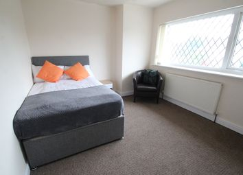 6 bed shared accommodation to rent in Gloucester Crescent, Wigston LE18