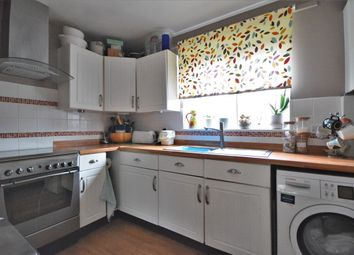 2 bed flat for sale in The Gables, Wallingford, Oxfordshire OX10