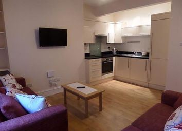 2 bed flat to rent in Fraser Street, Aberdeen AB25