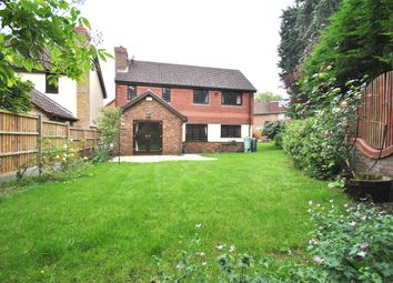 Thumbnail 5 bed detached house to rent in Woolston Avenue, Letchworth Garden City