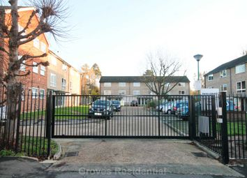2 bed maisonette for sale in Park Road, New Malden KT3