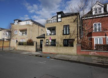 Thumbnail 1 bed flat to rent in Granville Road, Ilford, Essex.
