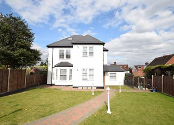 Thumbnail 2 bed flat to rent in Oakleigh Road North, Whetstone