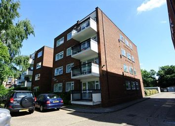 Thumbnail 1 bed flat to rent in Solar Ct, Etchingham Park Rd, Finchley, London
