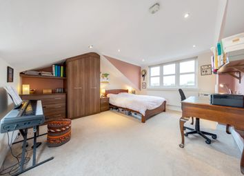 Thumbnail 2 bed flat for sale in Dalyell Road, London, London