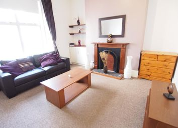 2 bed flat to rent in Elmbank Road, Aberdeen AB24