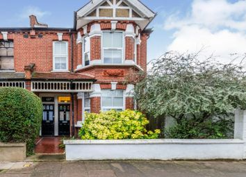 2 bed maisonette for sale in Valetta Road, Acton W3