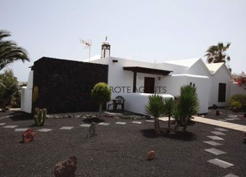 Thumbnail 2 bed villa for sale in Playa Blanca, 35580 Playa Blanca, Las Palmas, Spain