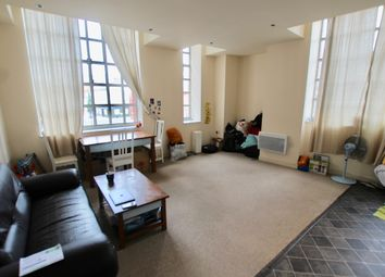 2 bed flat to rent in Wimbledon Street, Leicester LE1