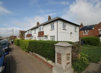 2 bed flat to rent in Albion Street, Southwick, Sussex BN42