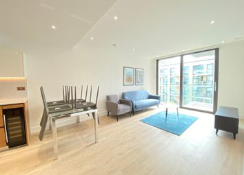 Thumbnail 2 bed flat to rent in 14 Piazza Walk, London
