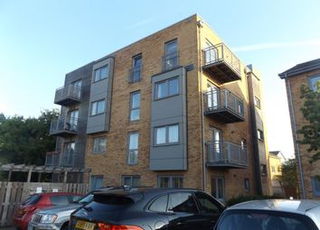 Thumbnail 1 bed flat to rent in Cloud Close, Dartford, Kent