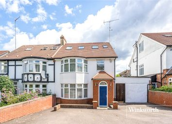 4 bed property to rent in Fursby Avenue, London N3