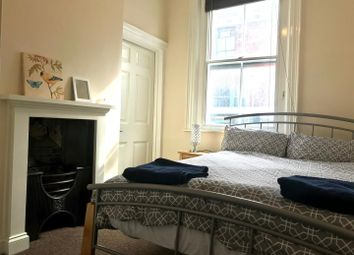 Thumbnail 1 bed flat to rent in Gillygate, York