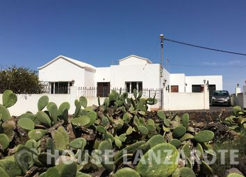 Thumbnail 4 bed villa for sale in Tinajo, Lanzarote, Canary Islands, Spain