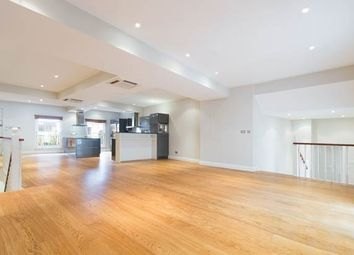 Thumbnail 6 bed property to rent in Artesian Road, London